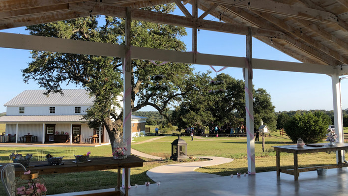 WindSong Barn for Weddings, and WindSong Pavilion at The Alexander at Creek Road is an outdoor venue for Concerts, corporate events, retreats and Family Reunions near Austin, Texas, with onsite lodging for guests.