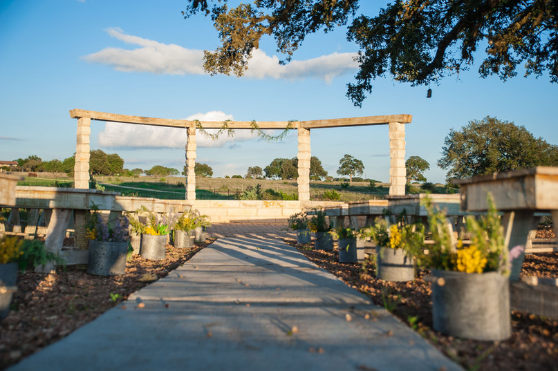 Outdoor Wedding Venue Austin Texas The Alexander at Creek Road