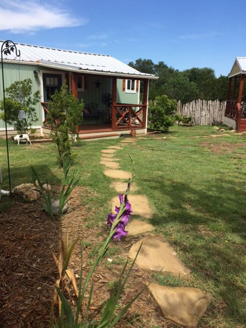 Hill Country Vacation Cabin in Dripping Springs tx