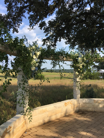 Wedding Destinations near AUstin Texas - WindSong Weddings at The Alexander in Dripping Springs