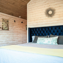 Charlie's King Bed at The Treehouse