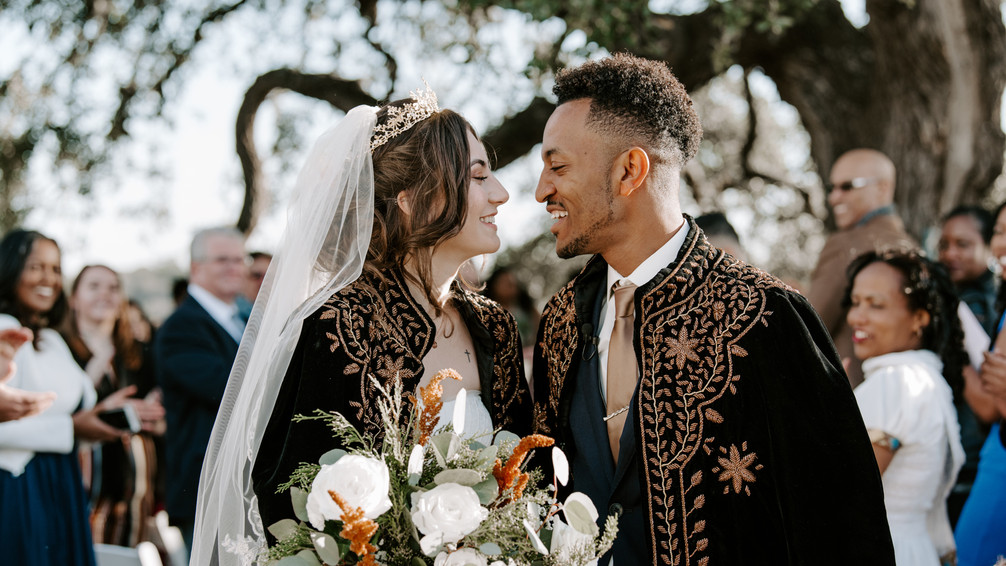 Moodyography captures magic in the Wedding Capital of Texas: The Alexander at Creek Road's WindSong White Barn in the hill country outside of Austin, Wedding Venue in Dripping Springs near Morgan Creek Barn, with rustic-luxe accommodations