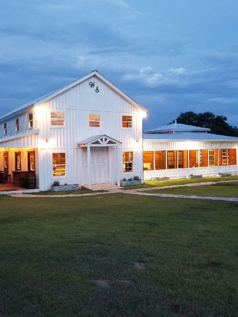 The Alexander at Creek Road Event Venue WindSong Barn for 200 guests