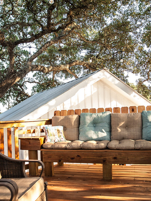 Treehouse Deck Seating at the Alexander at Creek Road in Dripping Springs