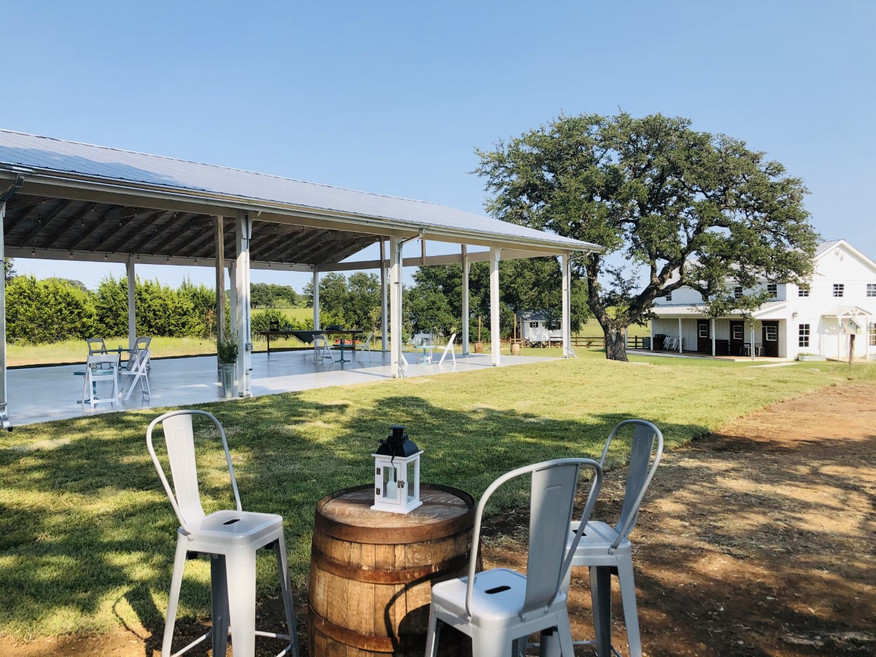 WindSong Pavilion: Weddings with Accommodations Texas Hill Country
