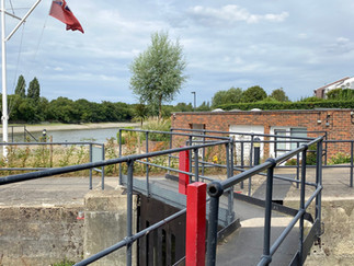 The entrance to Chiswick Quay
