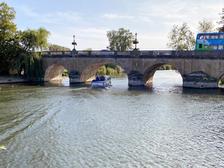 Wallingford Bridge. Parts date back to medieval times
