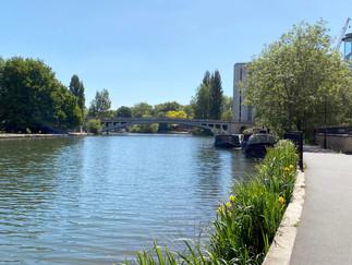 Approaching Reading Bridge
