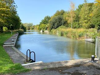 Looking upstream from Radcot Lock