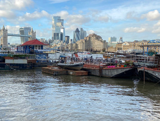 Butler's Wharf on the left. Now regenerated as luxury apartments, shops & restaurants