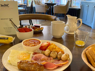 Great start to the day ahead of drive to Swindon & bus to Cricklade