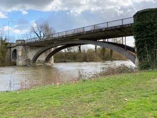 Victoria Bridge - by no means a beauty!