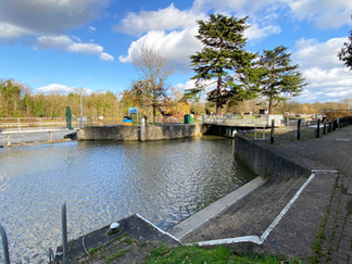 Bell Weir Lock - named after its first lock keeper
