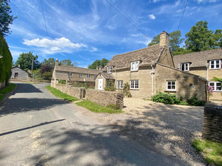 Ewen - another lovely Cotswold village