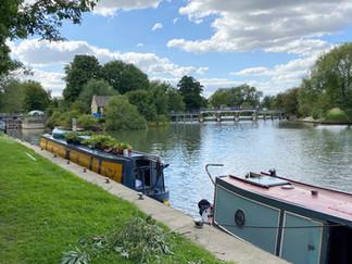 Approaching Eynsham Lock & Weir