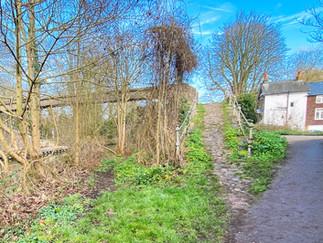 This is a footbridge across to Sunbury Lock Ait
