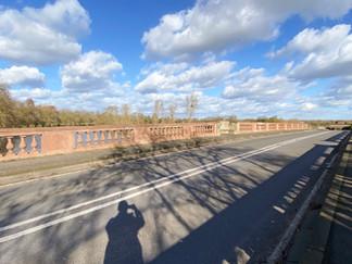 The path crosses Albert Bridge