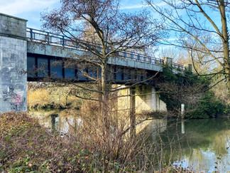 The 1st bridge across to Desborough Island