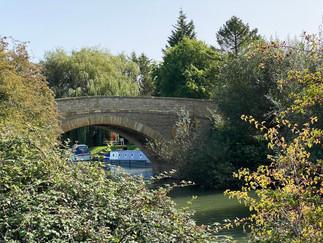 Looking back to Tadpole Bridge
