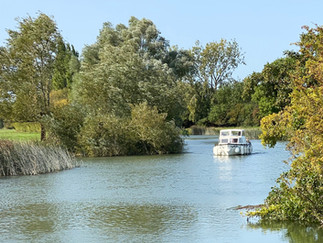 The Thames at Eaton Hastings