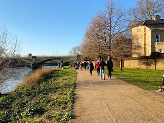 Looking back to Richmond Railway Bridge