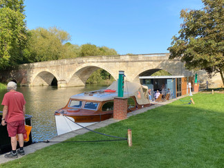 Shillingford Bridge - shame about the hideous 'shed' boat & the electricty point