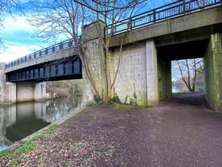 The 2nd bridge across to Desborough Island