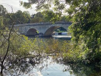 Approaching Shillingford Bridge