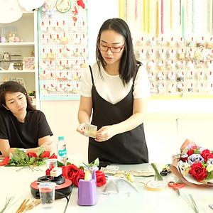 Pine Rose Money Bouquet Workshop