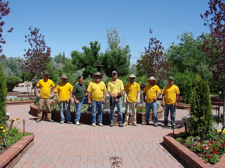 Our-Landscaping-company-crew.png