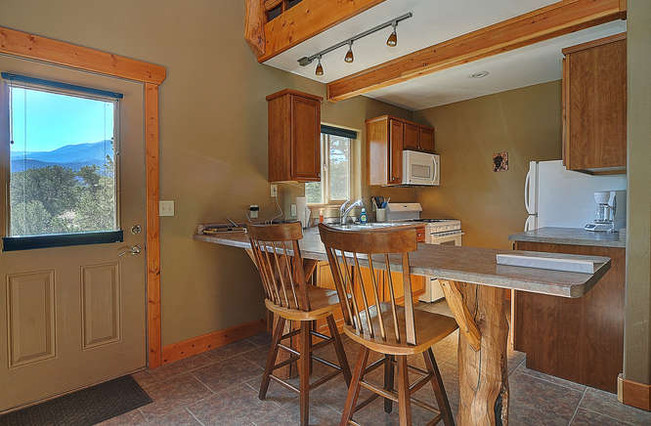 Kitchen and counter seating