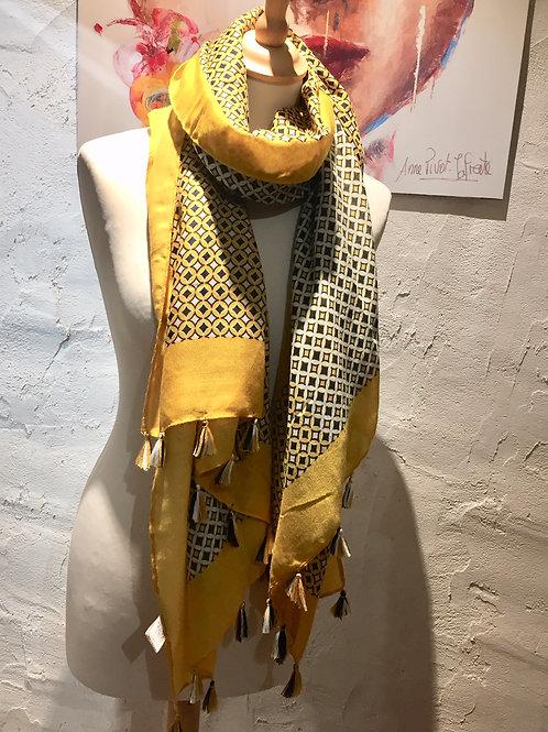 foulard à pompons