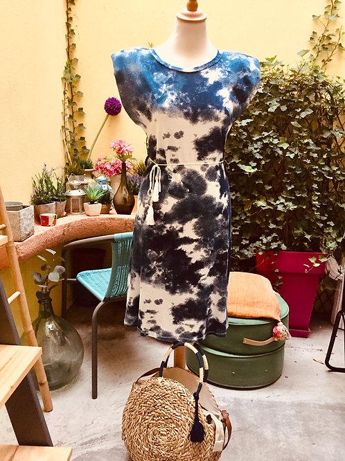 robe Tai and Dai avec épaulettes