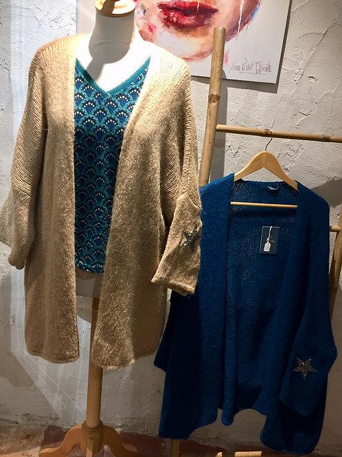 vestes en lainage beige et bleu