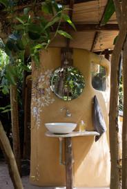 """Banheiro seco """"mais lindo do mundo"""""""