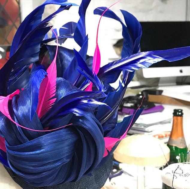 Feathers, flow & fizz! _Sculptural feath