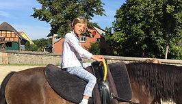 Marie Pferd1.JPG