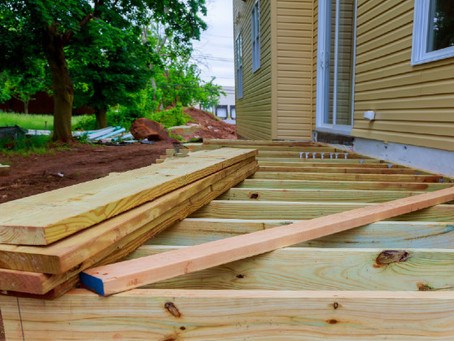 Deck Construction: How to Kick Your Backyard Up a Notch