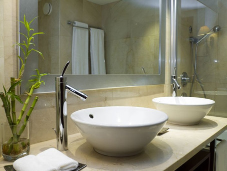 4 Ways To Spruce Up Your Powder Room