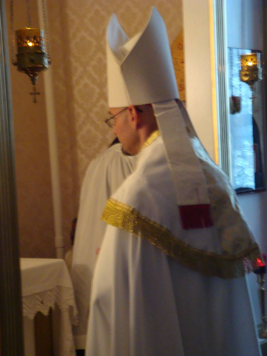 Bp. Joseph entering the Royal Doors