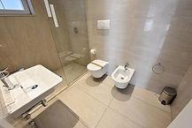 מלון אמבטיה.jpg