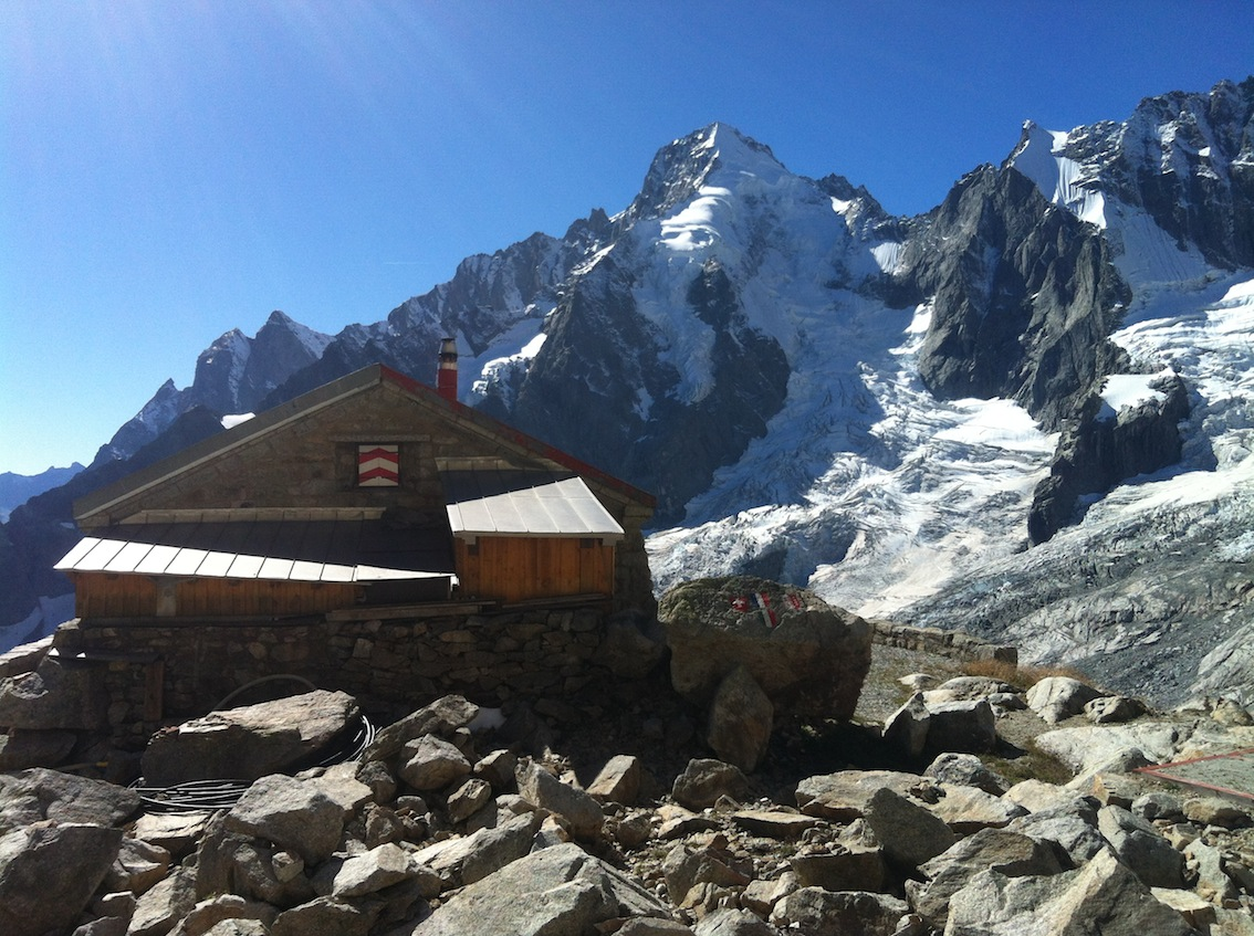 Cabane de l'a Neuve2