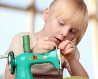 girl-sew-on-childrens-sewing-260nw-36709