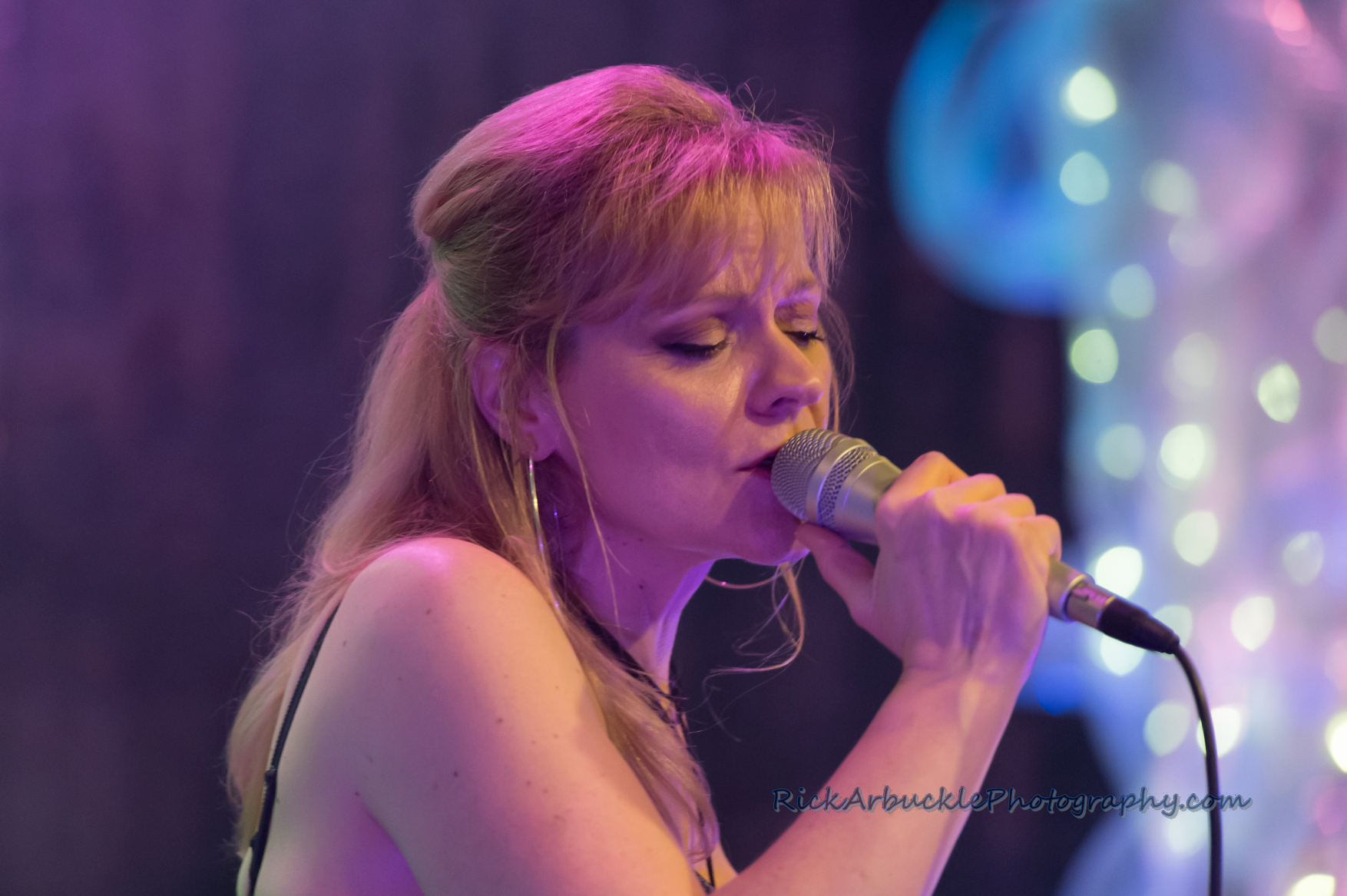 Leslie Rohonczy Band - Greenfield's 2016 12 09  49