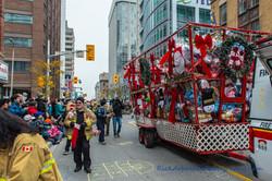 Help Santa Toy Parade 2016 11 19  026