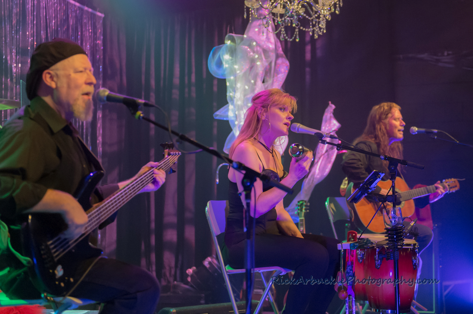 Leslie Rohonczy Band - Greenfield's 2016 12 09  08