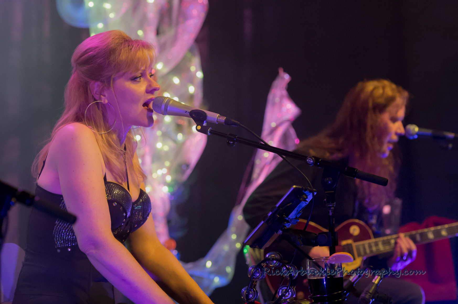 Leslie Rohonczy Band - Greenfield's 2016 12 09  21