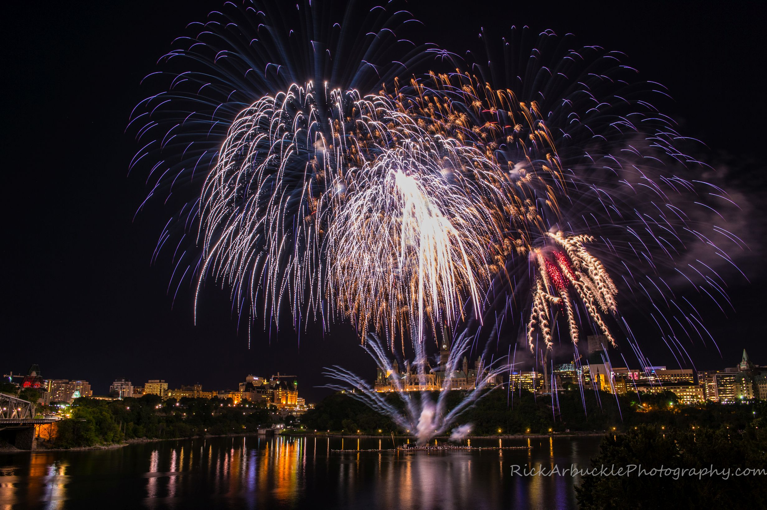 Lac Leamy 2015 - Grand Finale -03.jpg