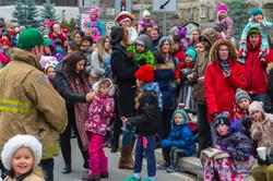 Help Santa Toy Parade 2016 11 19  098