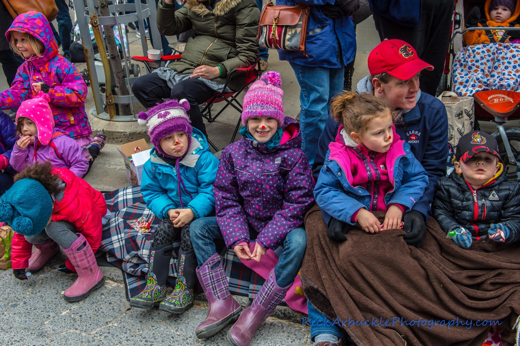 Help Santa Toy Parade 2016 11 19  044